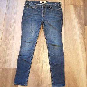 🌻 2/$30 🌻 | Hollister | Skinny Jeans